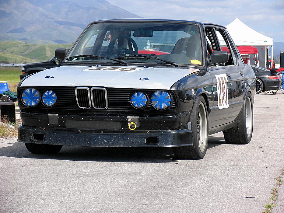 E28 V8 race car for sale...again • MyE28.com